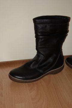 Laarzen met schapenvacht / Sheep pelt boots
