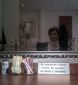 Selfie met eigen haar / Selfie with own hair